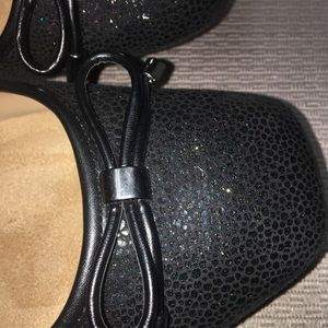Brand New Naturalizer Dress Shoes Size 9WW